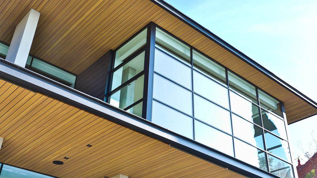 Steel glazed doors and windows