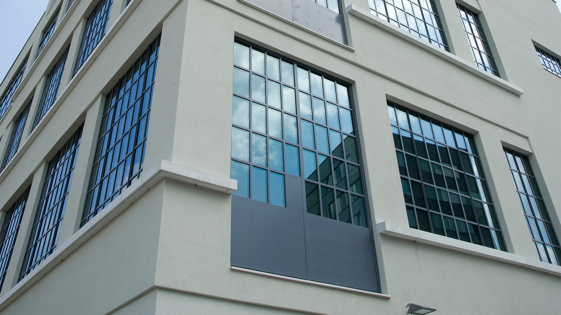 Big steel glazed windows