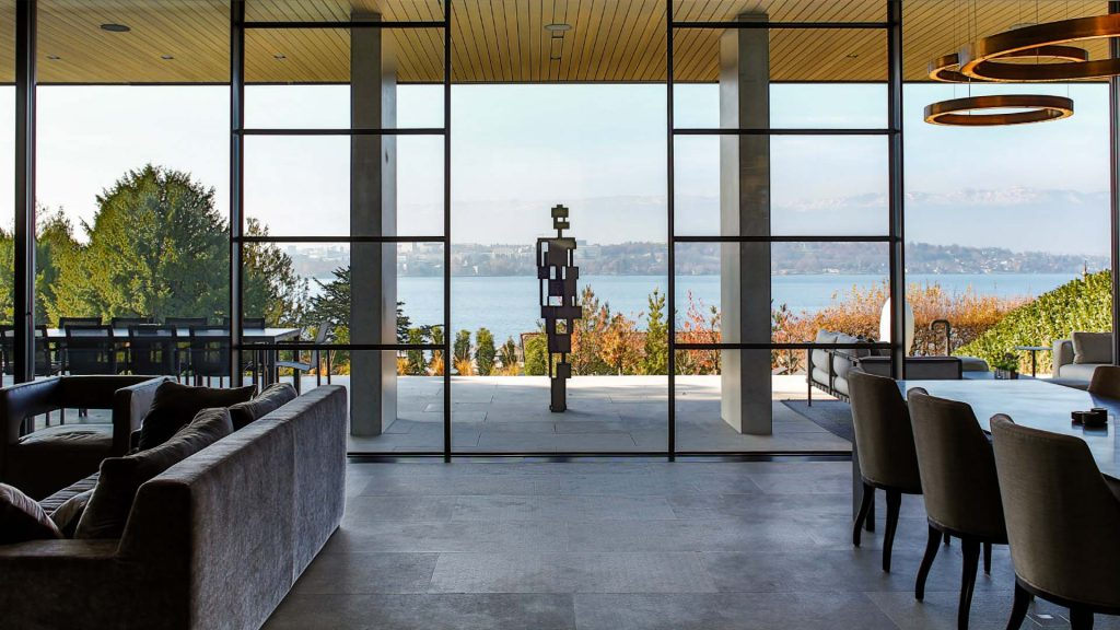 Looking out over the geneva lake at Byron Chemin